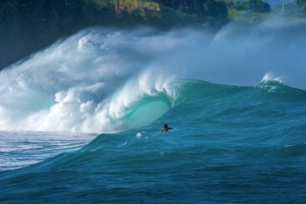 Storm wave surf